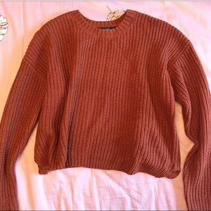 This brown knitted sweater is so softtt!!! 💕